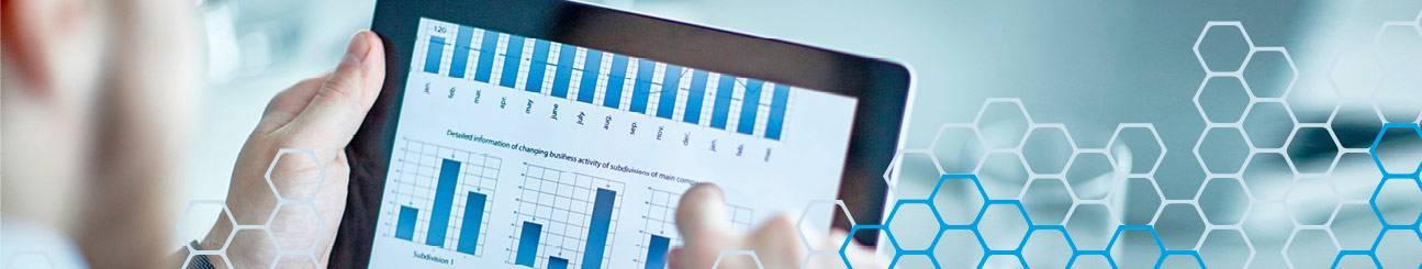Bild eines Tablets mit Grafiken.
